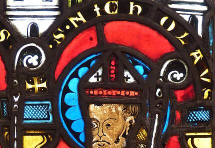 Heiliger Nikolaus, Detail aus einem Glasfenster, Mittelrhein, um 1250