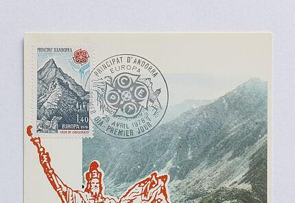 Ersttagsbrief mit dem Motiv des Karlsdenkmals auf dem Vorplatz von Notre Dame in Paris und Briefmarke mit Darstellung Karls des Großen aus Andorra, mit Poststempel vom 29. April 1978, Leihgabe aus Privatbesitz