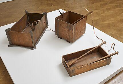 Joseph Beuys, Kleines Kraftwerk (Small Power Station), 1984 © VG Bild-Kunst, Bonn, 2020, Foto: Tom Carter, Galerie Thaddaeus Ropac, London, Paris, Salzburg