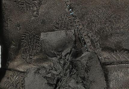 Wams mit Zierknöpfen (Detail), vermutlich Köln, um 1630-1635 ©Hessisches Landesmuseum Darmstadt, Foto: Wolfgang Fuhrmannek